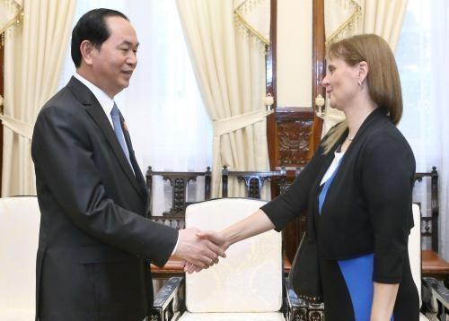 President Tran Dai Quang (left) receives Israeli Ambassador in Vietnam Meirav Eilon Shahar. Photo: VNA