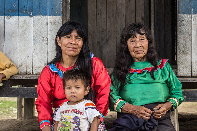 Members of the indigenous community in La Roya, Peru (Photo: Juan Carlos Huayllapuma/CIFOR).
