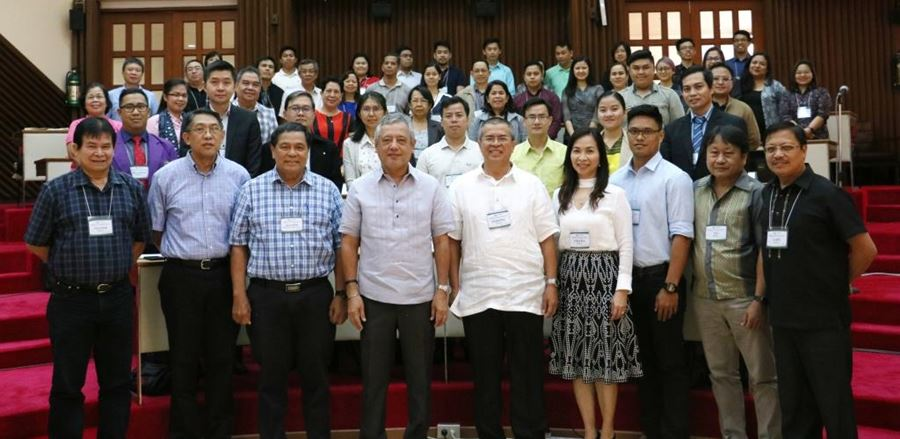 SEARCA officials, project team members, presenters, and participants of the Regional Forum on State-of-the-art of Agricultural Research and Development and its Implications to ASEAN Integration held on 27-28 February 2017. In the photo are Dr. Gil C. Saguiguit, Jr. (first row, fourth from left), SEARCA Director; Dr. Agustin Molina, Jr. (first row, third from left), Bioversity International Honorary Research Fellow; Dr. Lope B. Santos III (first row, rightmost), SEARCA PDTS Program Specialist and Officer-in-Charge; and Dr. Prudenciano U. Gordoncillo (first row, fifth from right, Project Leader.