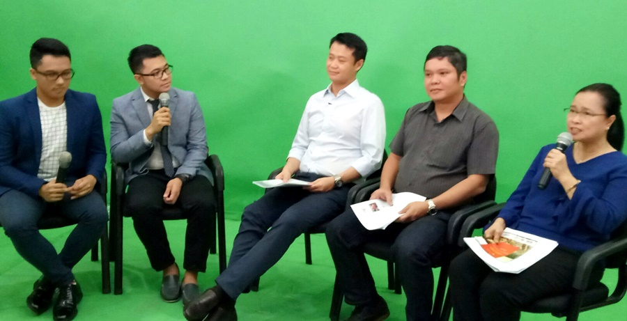 "From right: Dr. Bessie M. Burgos, SEARCA Program Head for Research and Development; Prof. Mahar Lagmay of the UP NOAH Center; and Philippine Senator Sherwin Gatchalian served as panelists in an episode of the web series ""2030"" to be launched in September 2017 on TVUP. From left: Forum hosts Mr. Jules Guiang and Mr. Jayson Villagomez of the 2030 Youth Force in the Philippines, Inc."