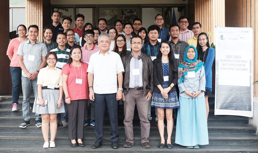 Participants of the Short Course on Cropping System Models and Its Application for Climate Impact Assessment at SEARCA, Los Baños, 4-8 September 2017, with Dr. Gil C. Saguiguit, Jr., SEARCA Director (middle front), and Dr. Perdinan and other lecturers from the Department of Geophysics and Meteorology, Bogor Agricultural University (front middle left to right)
