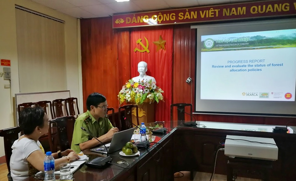 Mr. Dinh Van Tuyen, AWG-SF National Focal Point of Vietnam, presents the accomplishments of the ASRF project in Vietnam.
