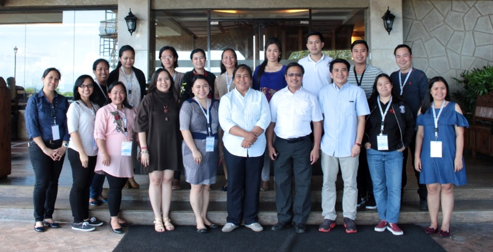 Twelve information officers from different DA-RFOs attended the 2nd F2F Session under the IKM project held in Sol Y Viento Resort and Hotel in Calamba City, Laguna. The activity was led by Assistant Professor Elaine DC. Llarena, Project Leader (front, fifth from left). Ms. Julia A. Lapitan, DA-BAR Head for Applied Communication (front, sixth from left), and Dr. Lope B. Santos III, SEARCA Unit Head for Project Development and Technical Services, also graced the event.