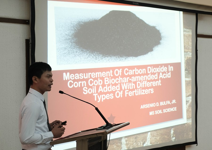 biochar-captures-interest-in-searca-special-graduate-seminar-01