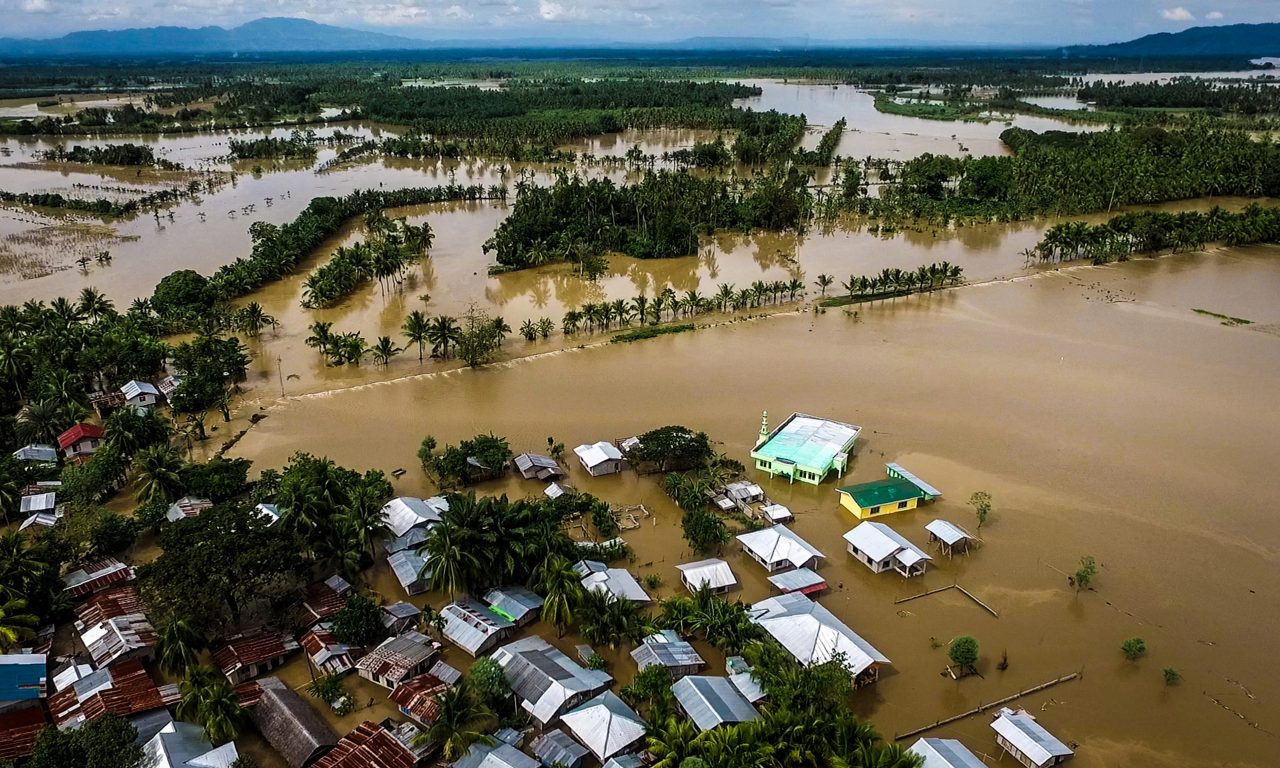 A file photo taken on December 23, 2017 shows a general view of the flooded Municipality of Kabacan, North Cotabato, on the southern island of Mindanao, after Tropical Storm Tembin dumped torrential rains across the island. A single degree of warming since the industrial revolution has already boosted the frequency and intensity of heat waves, droughts and tropical storms. Photo: Ferdinandh Cabrera/AFP