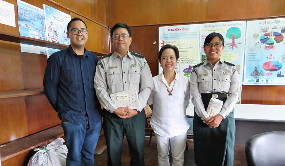 Dr. Thaung Naing Oo (second from left), Director, and Dr. Ei Ei Swe Hlaing (fourth from left), Assistant Director, both of the Forest Research Institute of Myanmar with representatives of the SEARCA-ASRF Program Management Office.